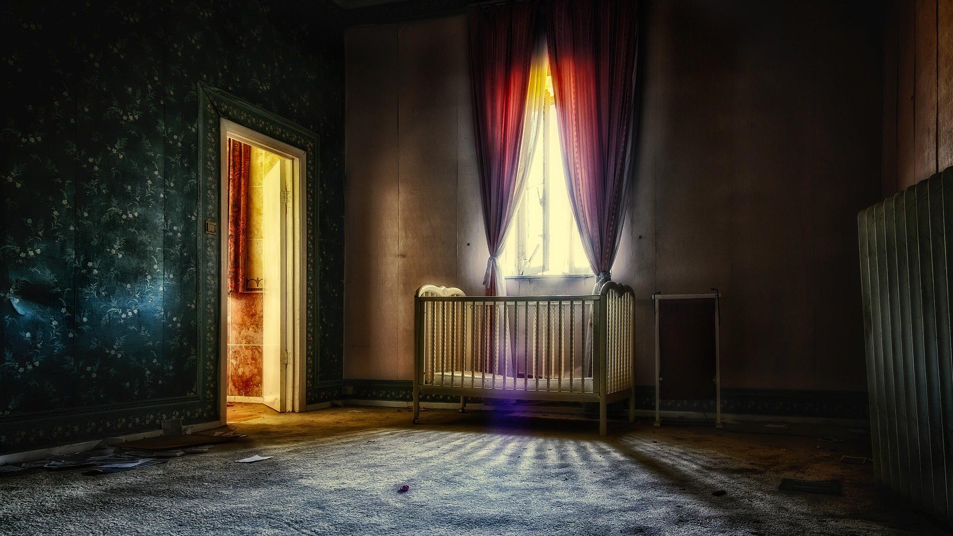 rozjaśnienie ciemnego mieszkania